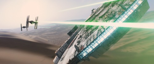 star-wars-the-force-awakens-millennium-falcon1-1280x536
